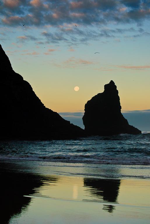 Haystack Moonset IV